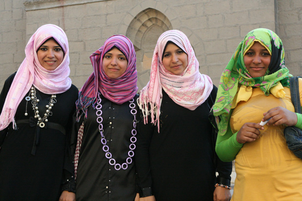 Unerwartet offen und kontaktfreudig zeigten sich die Menschen in Kairo.