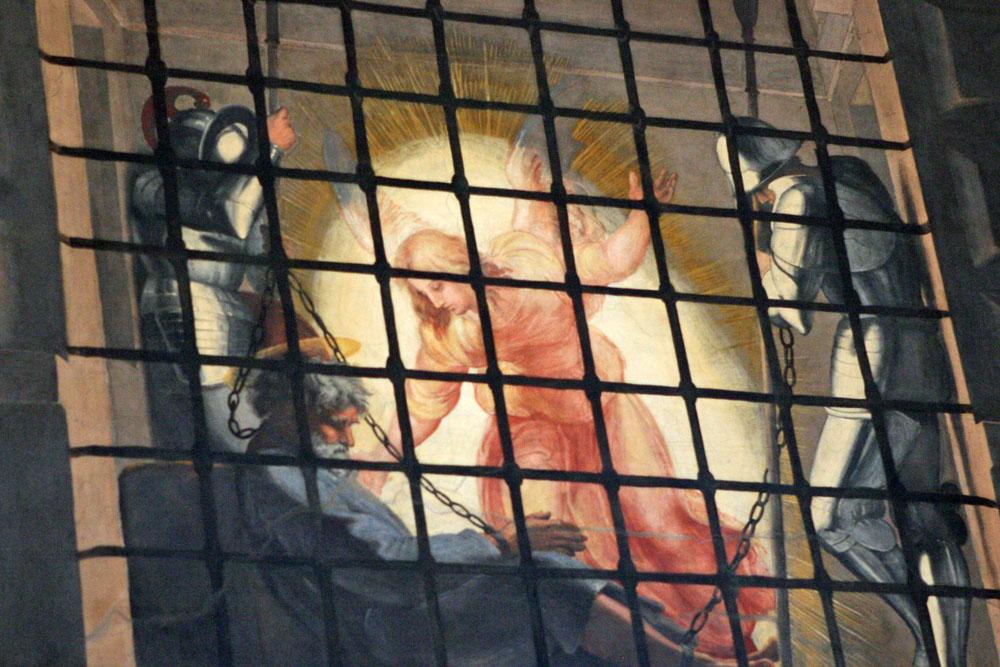 Ölgemälde mit Petruszenen finden sich in Rom in großer Menge. Hier eine Kerker-Szene aus den Stanzen des Raphael in den Vatikanischen Museen