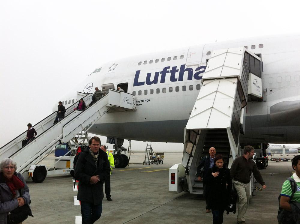 Eine 747 der Lufthansa auf dem Flughafen in Frankfurt
