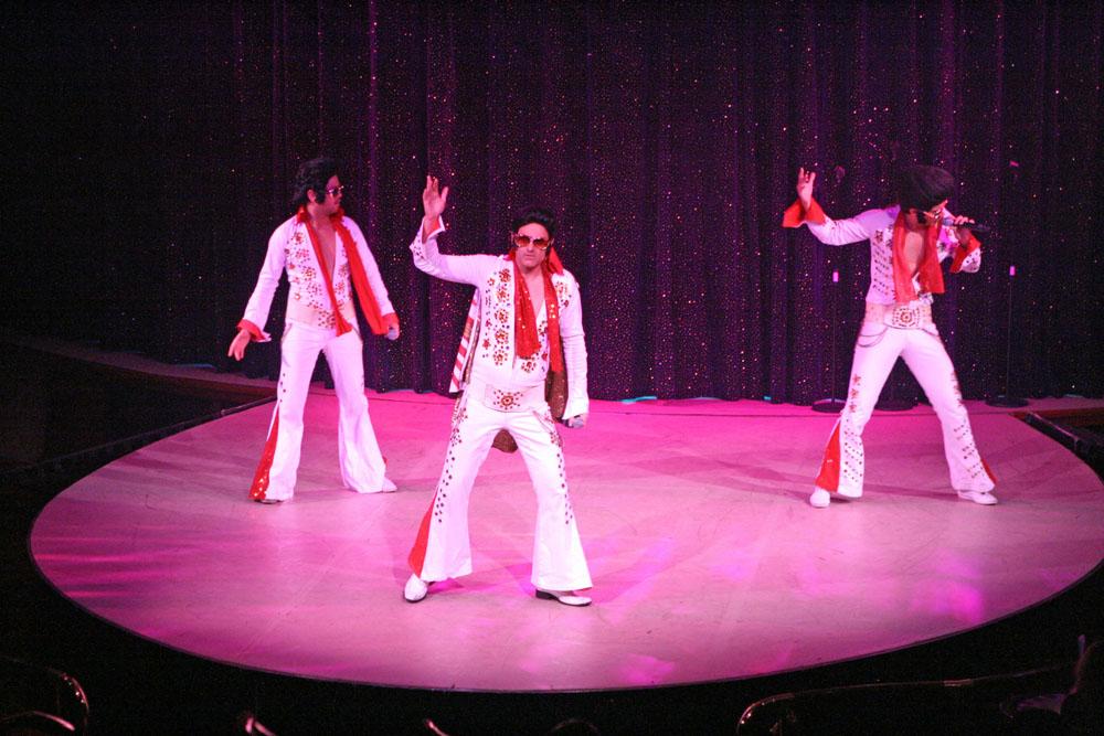 Auf der Color Fantasy lebt Elvis noch