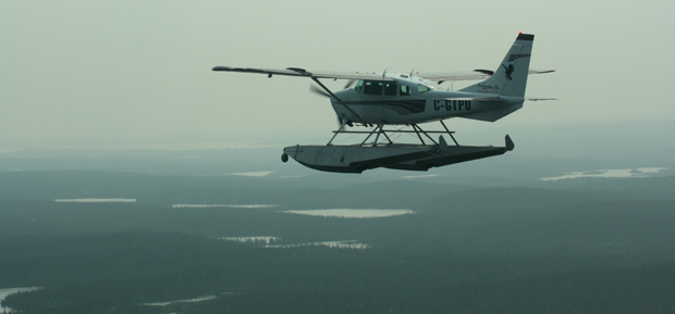 Mit Wasserflugzeugen ging es dann hinaus in die Wildnis