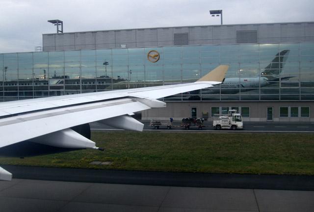 A340 der Gulf Air kurz vor dem Abheben in Frankfurt nach Bahrain und Manila.