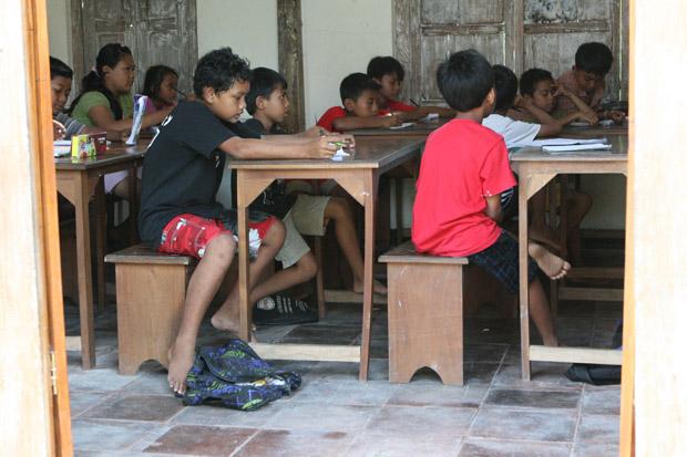 Blick in eines der Klassenzimmer.