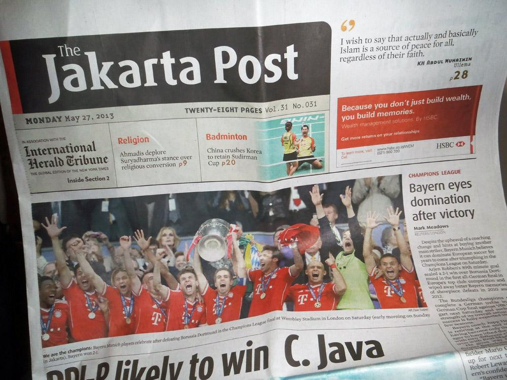FC Bayern München nach dem Sieg der Champions League auf dem Titel der Jakarta Post aus Indonesien