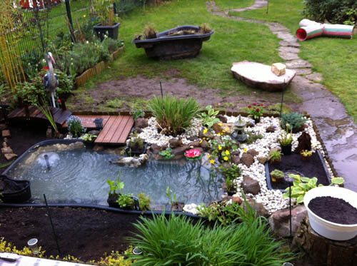 ein neuer fertigteich mit moorbeet und katzen-sonnendeck - seite 1, Gartenarbeit ideen