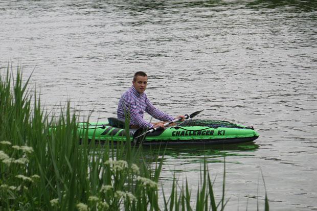 Es macht Spaß mit dem Kanu zu fahren