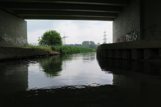 Passage unter der Autobahn