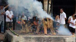 Totenverbrennungen in Pashupatinath