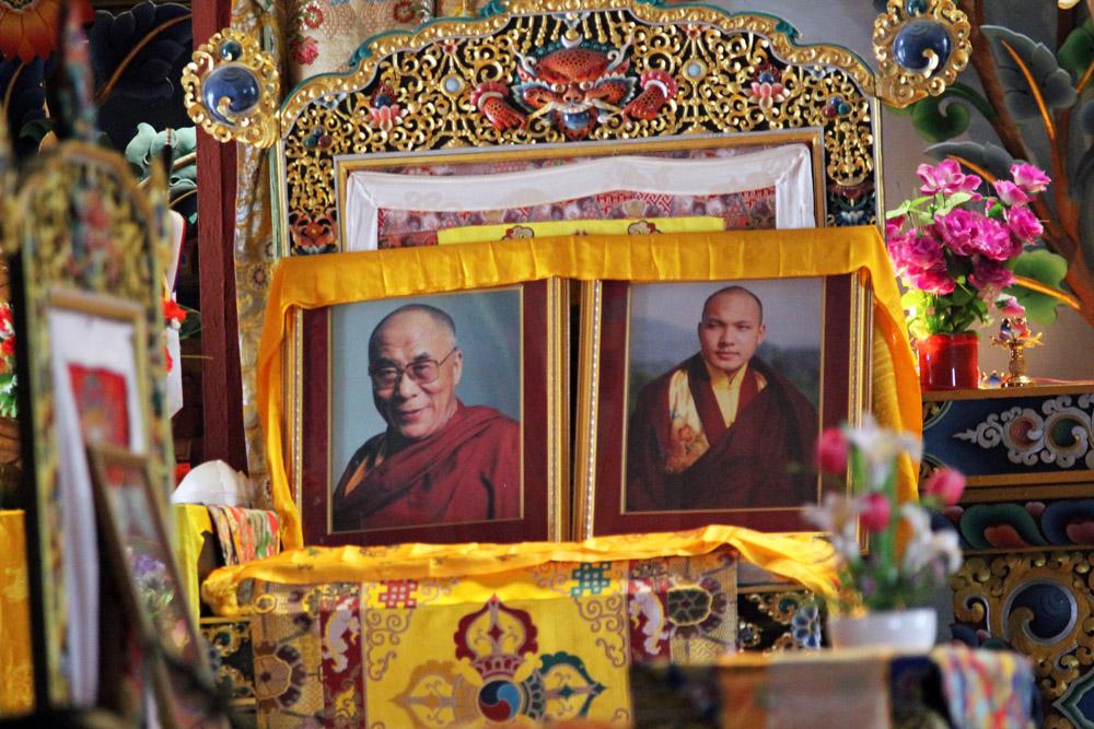 Foto des Dalai Lama in einem buddhistischen Kloster bei Kathmandu in Nepal