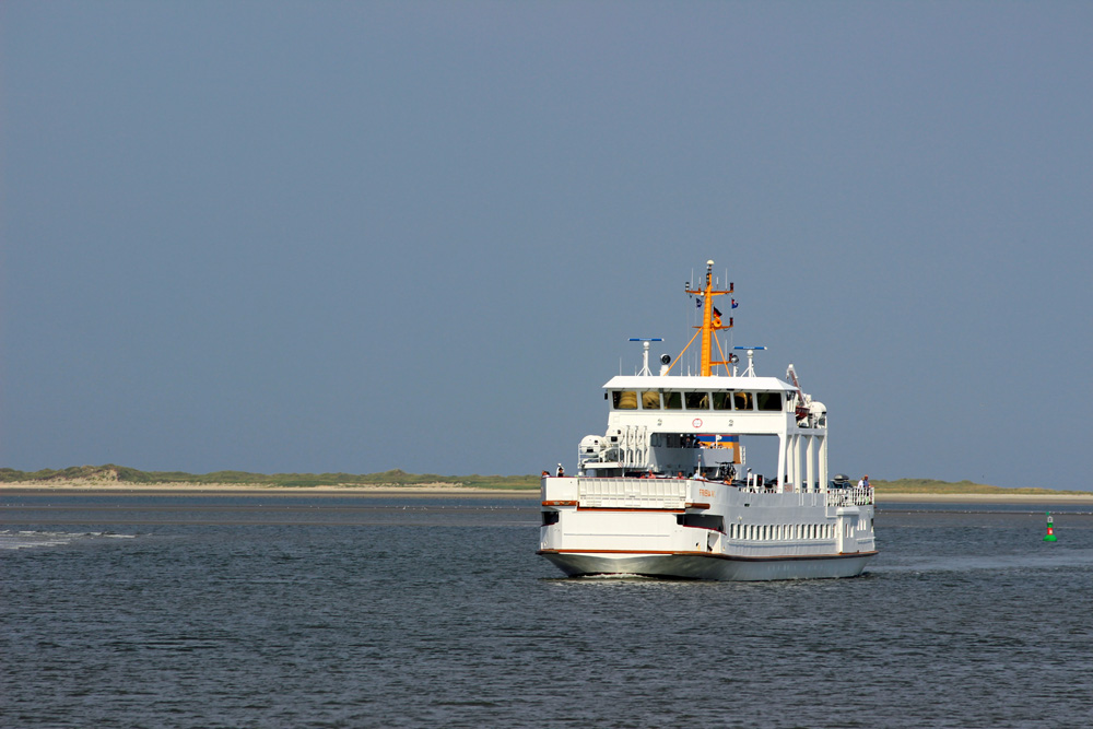 Fährschiff auf die Insel Norderney in der Nordsee