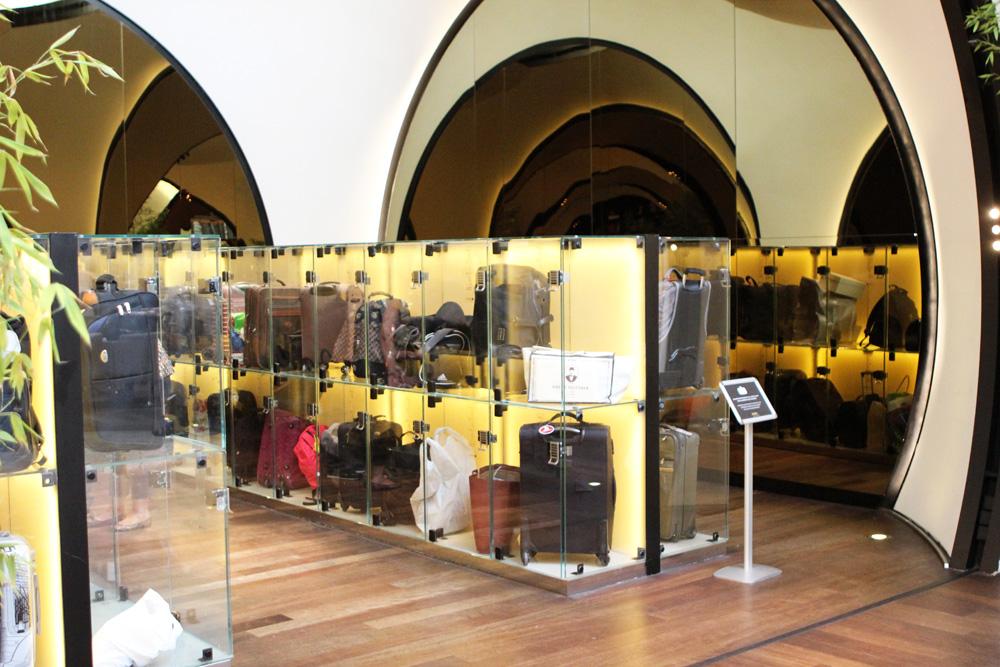 Sogar Schließfächer für Gepäck gab es in der Business Lounge am Flughafen Istanbul