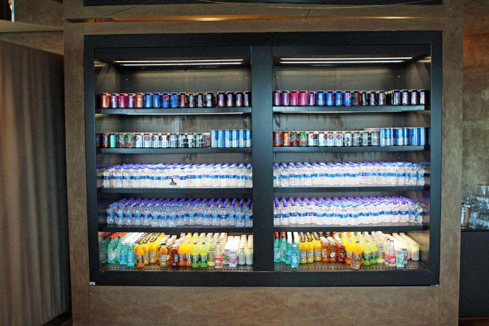 Die Getränkeauswahl war in der CIP Business Lounge am Flughafen Istanbul groß