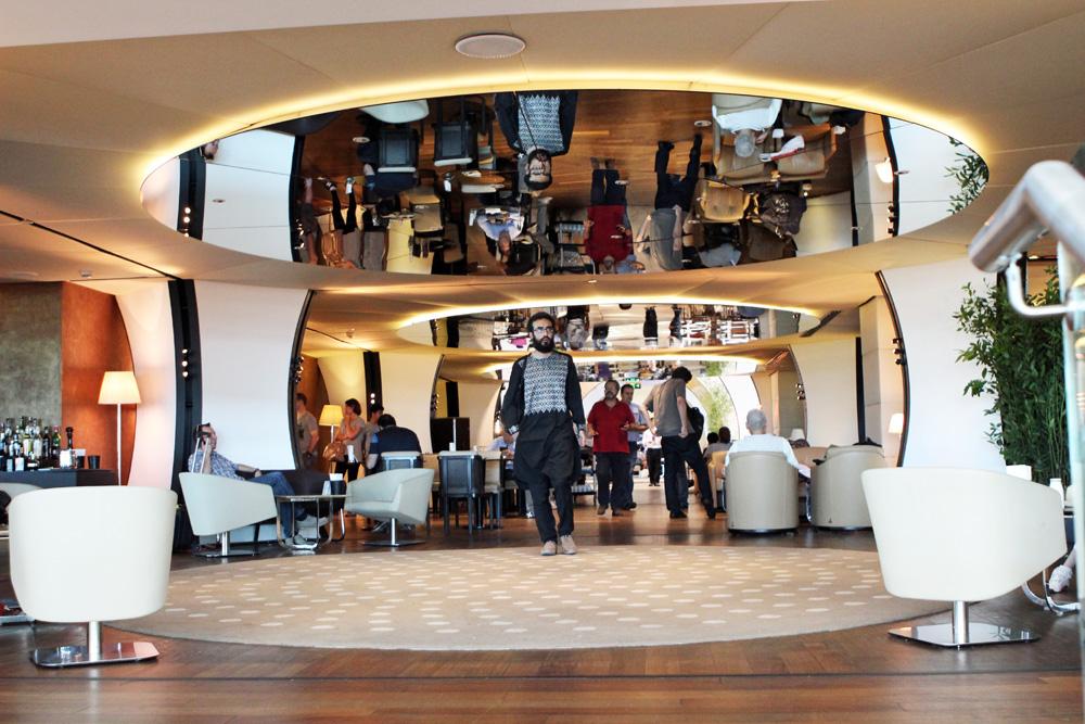 Die obere Etage der Turkish Airlines CIP Business Lounge am Flughafen Istanbul wirkte etwas überlaufen