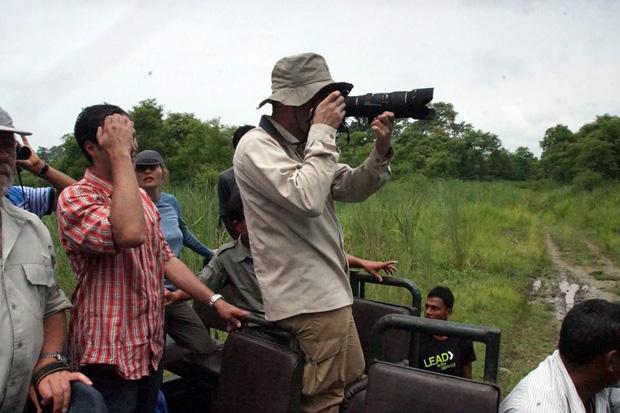 Ich beim Versuch die beiden Nashörner zu fotografieren. Foto: Madlen Vorwerk
