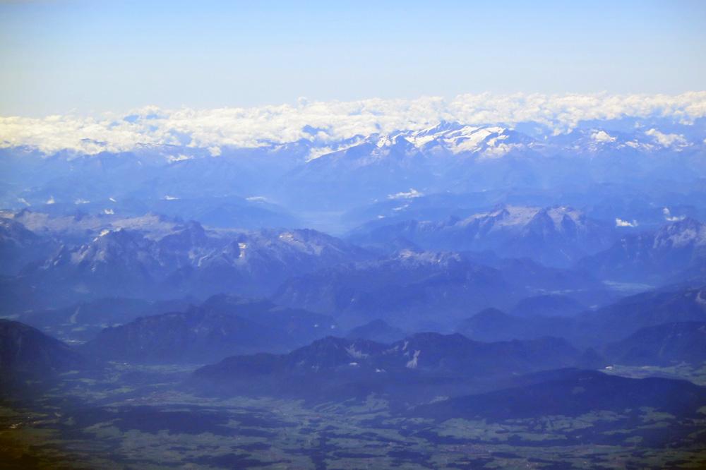 Blick über das Salzburger Land in Richtung Zentralalpen