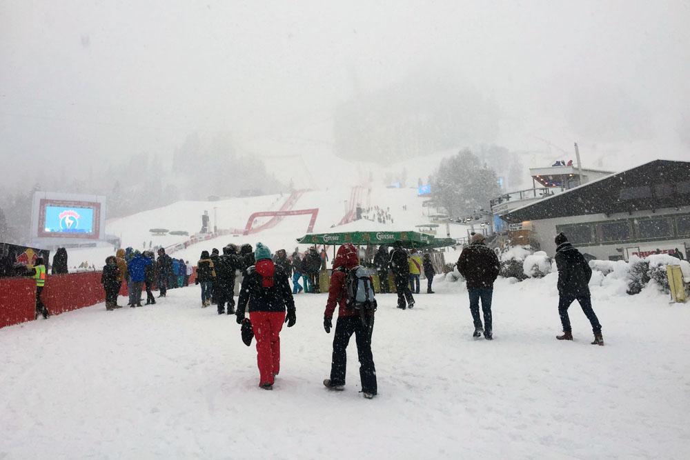 Als ich in Kitzbühel ankam, schneite es stark