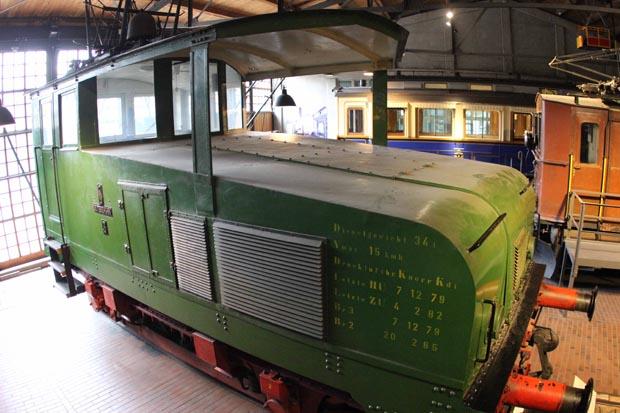 Mit der Lok 3 der Siemens Güterbahn wird es elektrisch