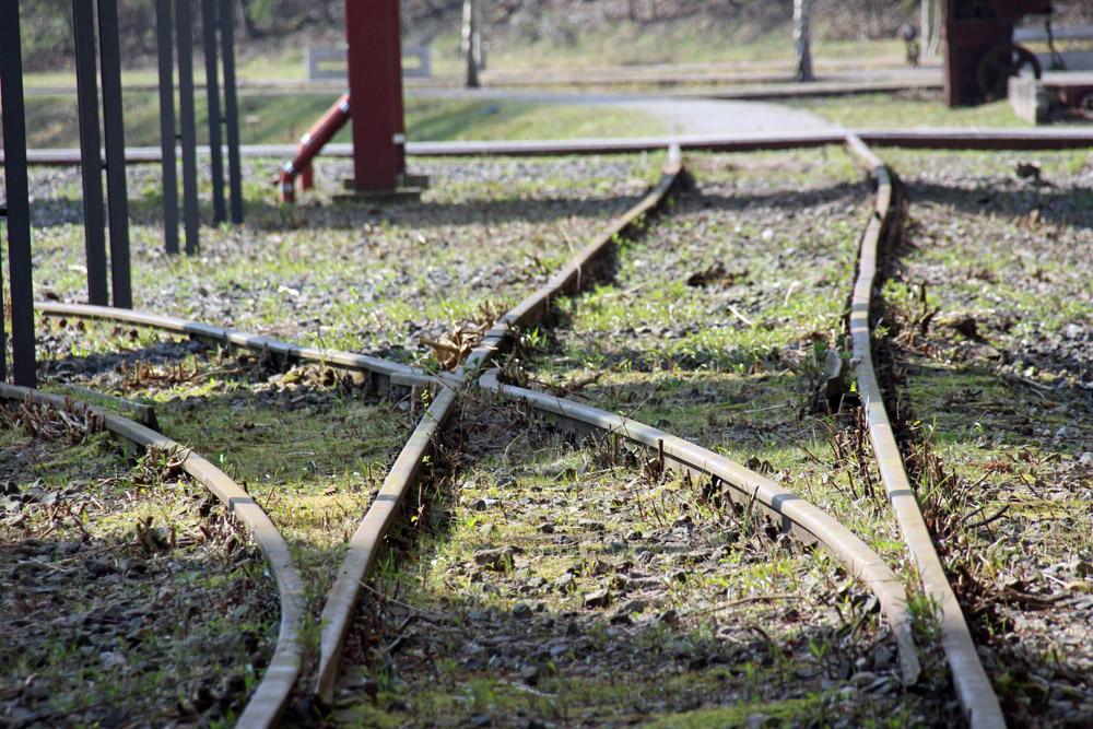 Der Weg der Kohle wird nicht nur an den Gleisen und Schienen auf der Zeche Zollverein in Essen gut nachvollziehbar