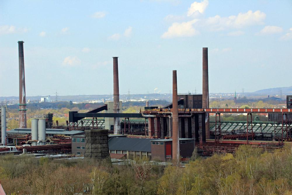 Neben der Zeche liegt die Kokerei Zollverein
