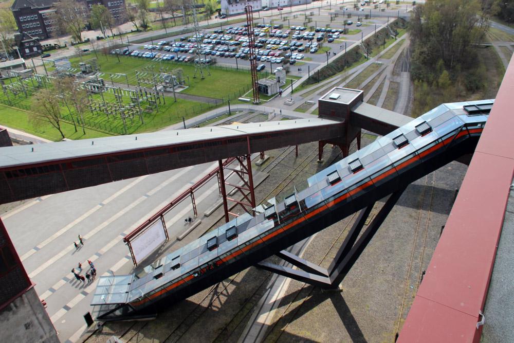 Rolltreppe der Zeche Zollverein zum Ruhr Museum