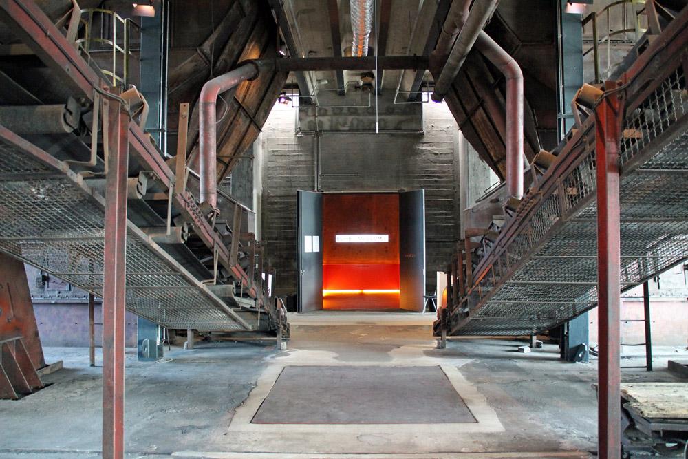 Im Gebäude der Kohlenwäsche auf der Zeche Zollverein in Essen liegt der Eingang zum Ruhr Museum