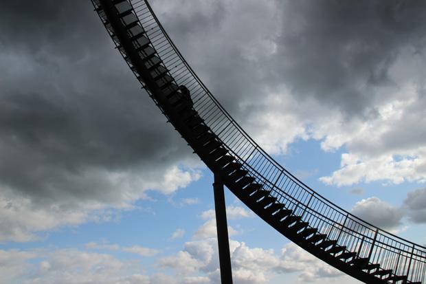 An manchen Stellen führen die Treppen besonders steil nach oben
