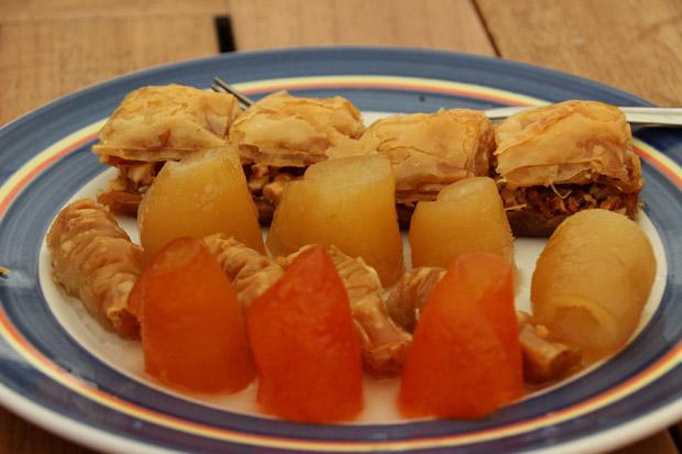Der Nachtisch ist süß und schmeckt nach Orient