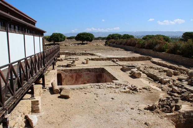 Blick in einen Garten der römischen Oberschicht. Hier mit einer privaten Vorratskammer für Fisch