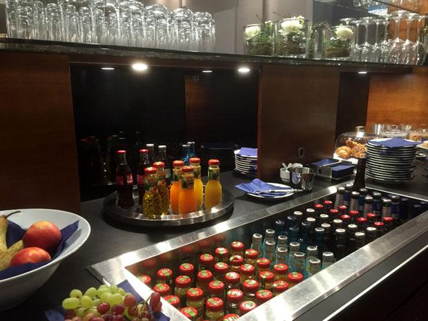 Die Business-Lounge am Flughafen Münster/Osnabrück ist gut bestückt