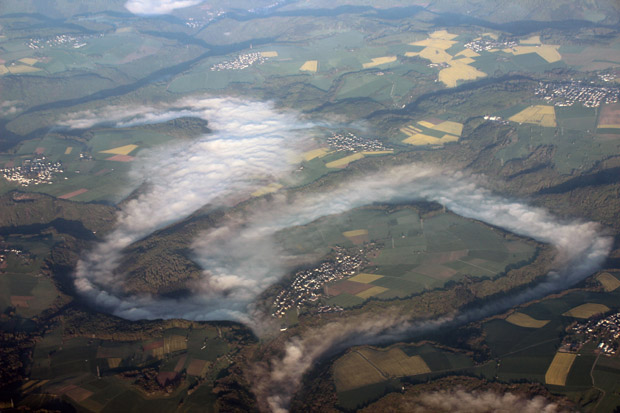 Über der Lahn bei Limburg lag noch Nebel