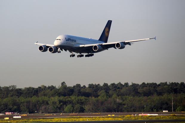 Ein A380 kurz vor der Landung