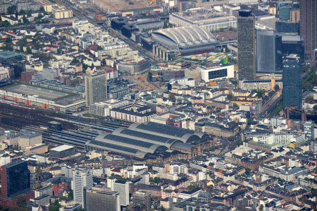 Der Frankfurter Hauptbahnhof im Detail