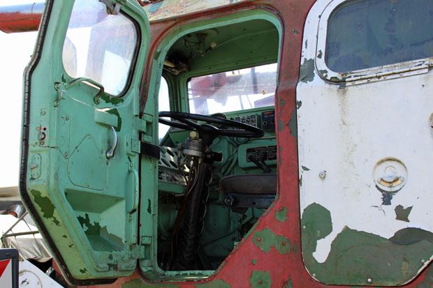 Der Blick in ein russisches Feuerwehrfahrzeug