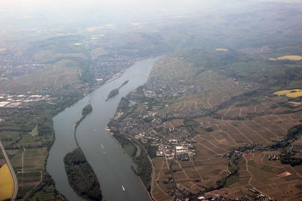 Bei Ingelheim überflogen wir den Rhein zum ersten Mal