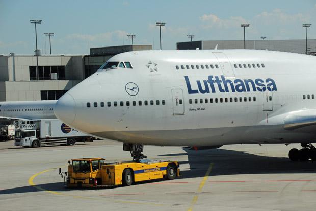 Da werden Erinnerungen wach. Mit einer 747-400 bin ich einst von Denver nach Frankfurt geflogen