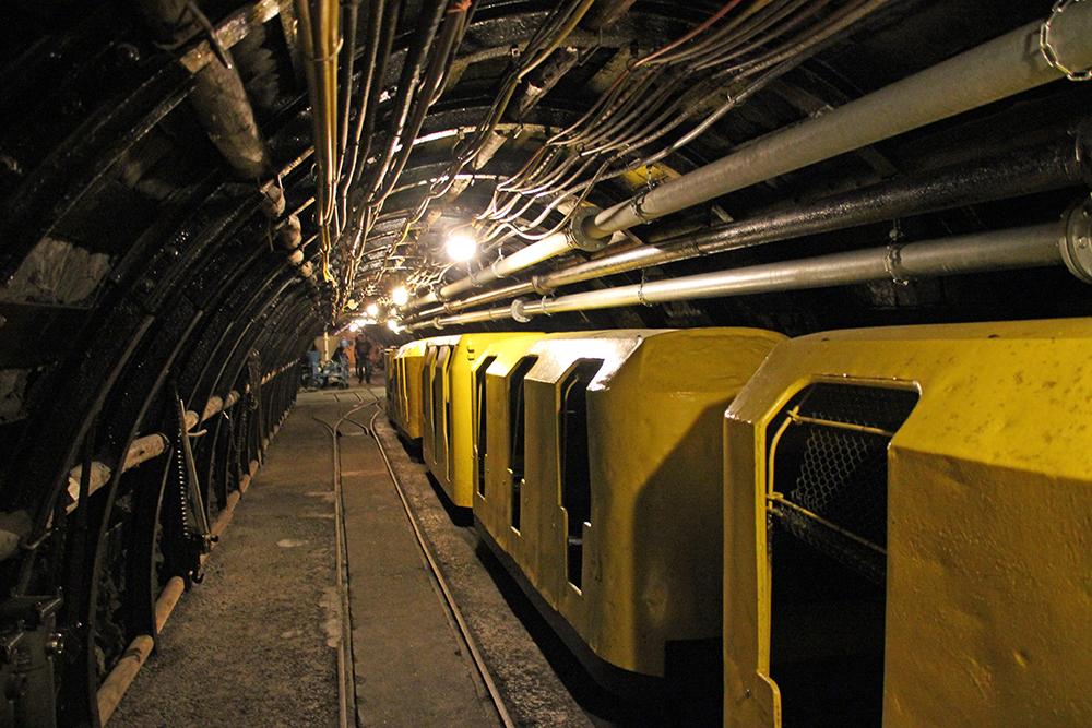 Auch Züge sind in den Bergwerken unter dem Ruhrgebiet gefahren