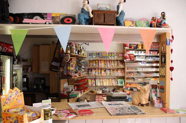 Auch von innen ist der Kiosk liebevoll eingerichtet