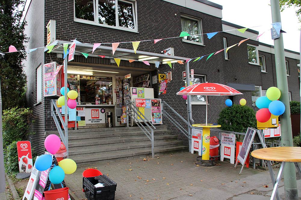 Bunt geschmückt präsentierte sich die Trinkhalle Dieter Tölle in Gelsenkirchen im Ruhrgebiet
