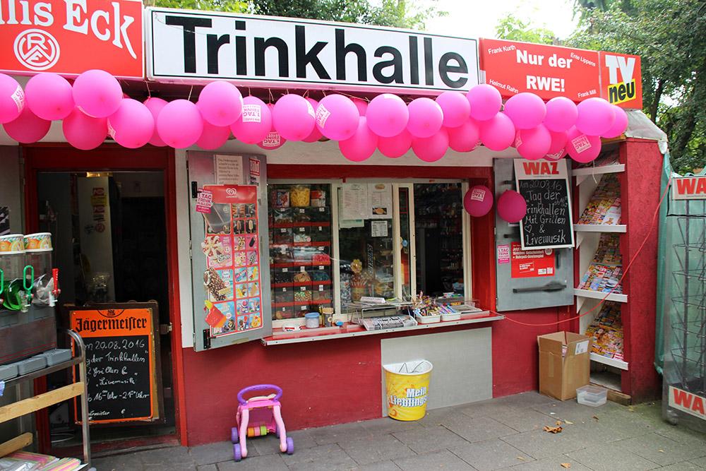 PDie Trinkhalle Paulis Eck in Essen im Ruhrgebiet hatte sich besonders herausgeputzt