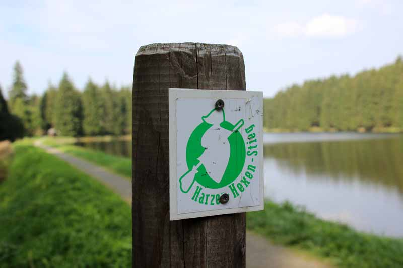 Wegmarkierung des Harzer Hexenstieges