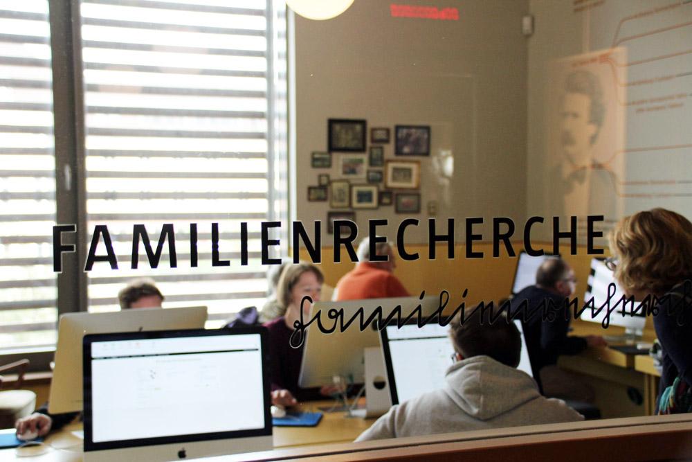 Ahnenforschung und Familienrecherche ist möglich im Deutschen Auswandererhaus Bremerhaven