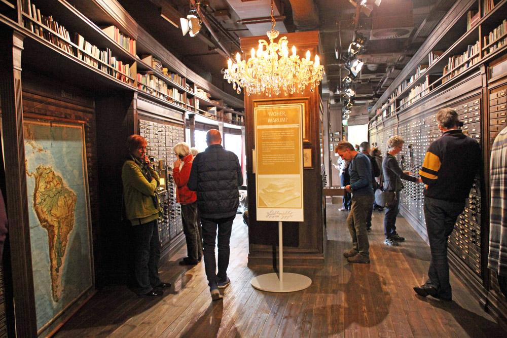 Galerie der sieben Millionen im Deutschen Auswandererhaus Bremerhaven