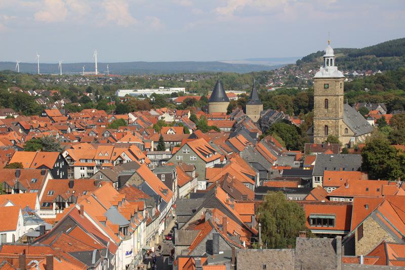 Vom Turm der Marktkirche in Goslar haben Besucher einen hervorragenden Blick auf die Stadt