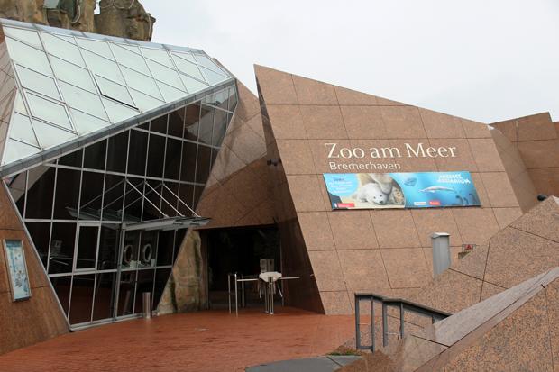Der Eingang zum Zoo am Meer in Bremerhaven