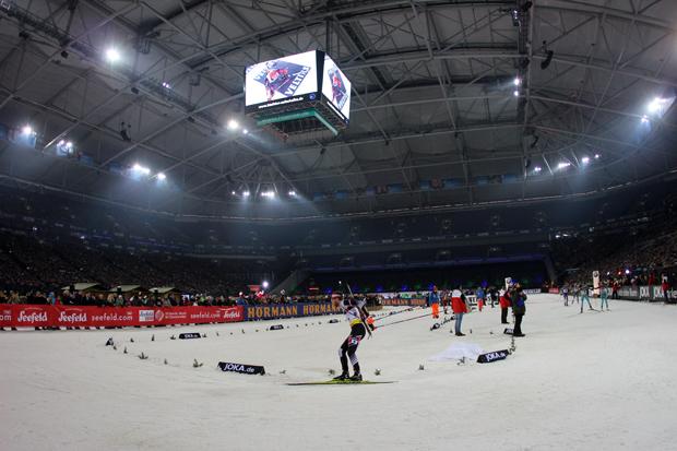 Nirgendwo sonst findet Biathlon in einem Stadion statt