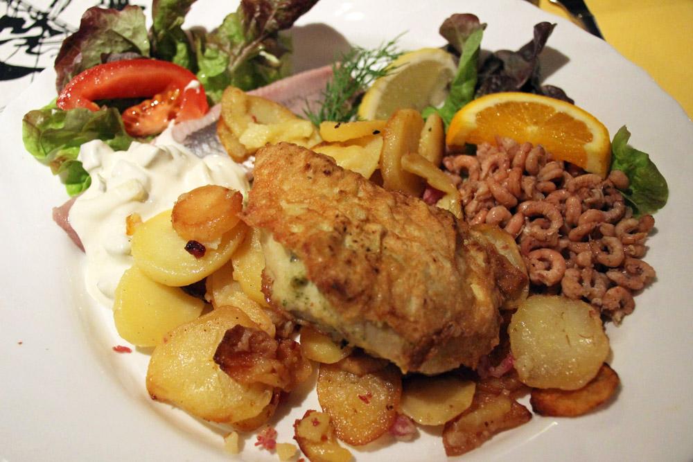 Auch das Essen in der letzten Kneipe vor New York in Bremerhaven ist ausgezeichnet