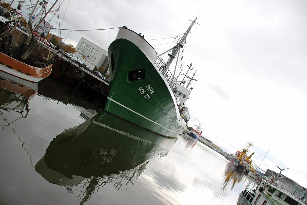 """Das Museumsschiff FMS """"Gera"""" im Fischereihafen Bremerhaven"""