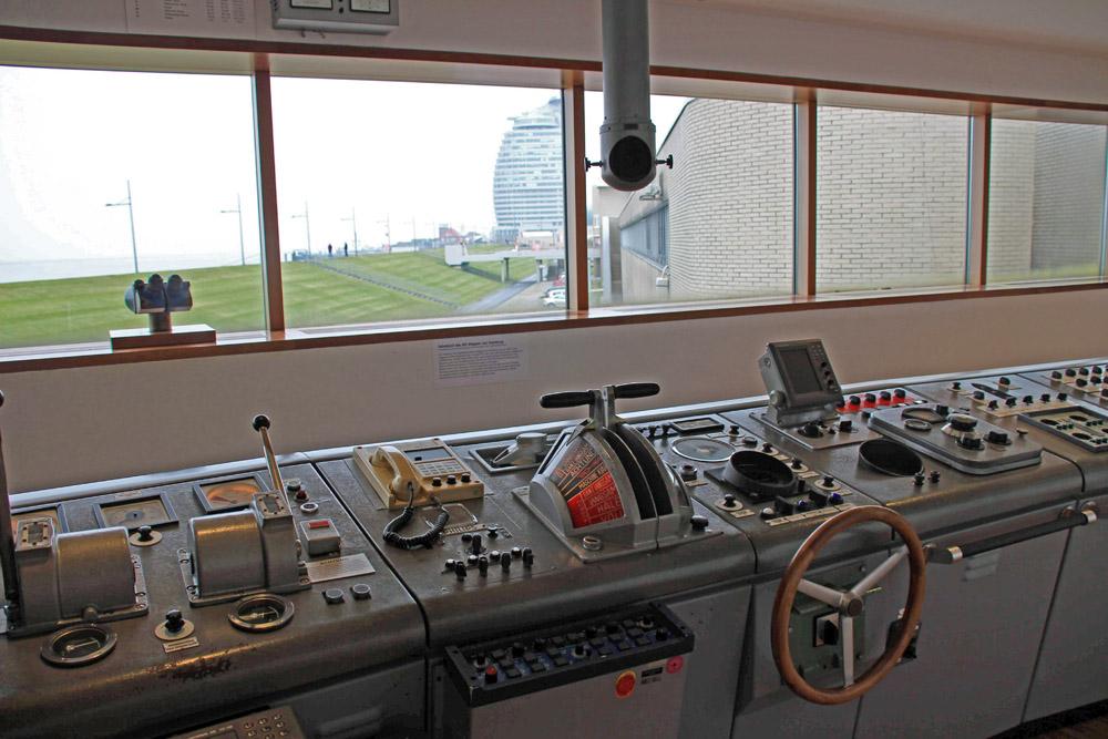 Wo gibt es sonst eine solche Sehenswürdigkeit? Der Nachbau einer Schiffsbrücke kann im Deutschen Schifffahrtsmuseum in Bremerhaven besichtigt werden