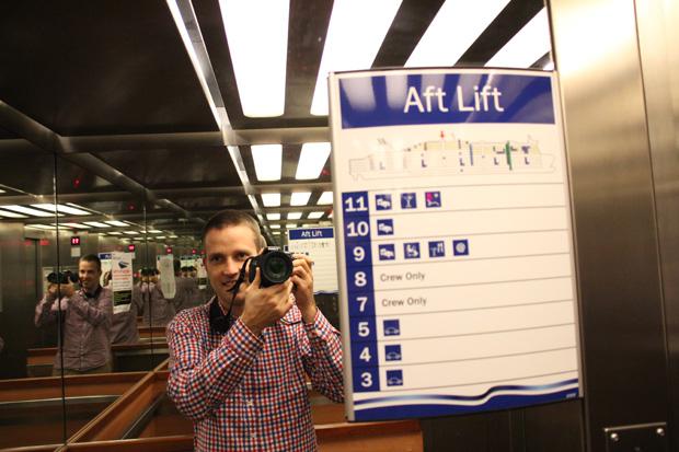 Ein Selfie im Fahrstuhl musste einfach sein