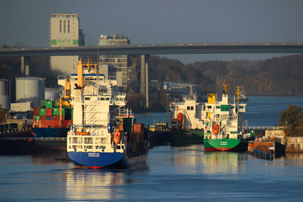 Die Einfahrt in den Nord-Ostsee-Kanal